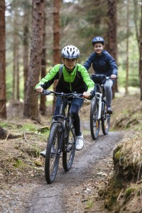 kids on mountain bikes